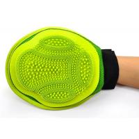 Durable 2 In 1 Cat Brush Glove Silicone Green Pets Bathing Custom Color Massage Shower