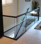 DIY Install Outdoor Metal Balcony Railing , U Channel Bottom Glass Railing Aluminum Manufactures