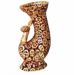 Walnut Handcraft-Vase(466) Manufactures