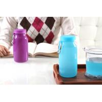 Blue Color 14Oz Waterproof  food grade Silicone Water Bottle with Customized Logo Manufactures