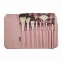 China Makeup Brush Set with Wooden Handle on sale