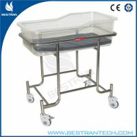 Load 60kgs Stainless Steel Medical Hospital Beds / Baby Crib For Infant Care Manufactures