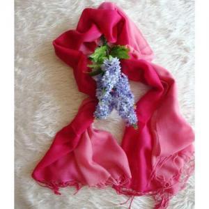 Shaded wool scarf