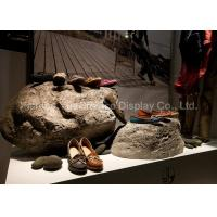 Artificial Window Display Decorations Fiberglass Stone Shape Shoe Display Racks Manufactures