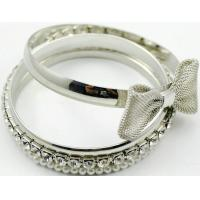 zinc alloy bangle with acrylic stone and ABS pearl Manufactures