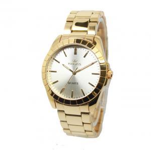 China Gold Plating Ladies Wrist Watches Vogue Alloy Quartz Analog Bracelet Watch on sale