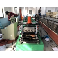 China Plc Control Color Painted Steel Metal Wall Sliding Panel Roll Forming Machine For Roof Ceiling on sale