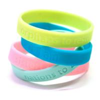 China Eco-Friendly/Silicone/Soft PVC/Rubber Silicone Bracelet with Custom Design and Lower Price on sale