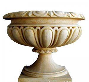 Custom Color Cast Iron Flower Pots Urn Planter For Landscape / Theme Park Manufactures