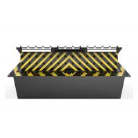 Anti Vehicle Hydraulic Road Blocker With Spikes , 6 Meter Long Entrance Point Manufactures