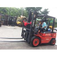 3 Ton Diesel Powered Internal Combustion Forklift 4.5M Max Lifting Height Manufactures