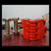 oil wellhead API 8C polished rod clamp with high quality from china supplier Manufactures