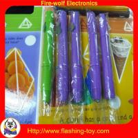 Yellow / Purple / Pink flashing UV light Logo Projector Pen for children Manufactures
