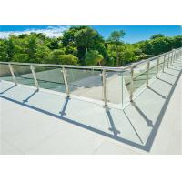 Round Post Stainless Steel Glass Railing For Real Estate Development Companies Manufactures