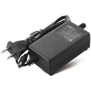12V 2A AC/DC Adaptor for CCTV Camera (SW-Q1202-13) Manufactures