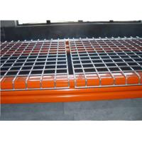 China Strong Warehouse Pallet Shelving With Welded Galvanized Wire Mesh Decking on sale