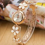 2015 New women vintage leather strap watches flower rivet bracelet women dress watch women wristwatches Manufactures