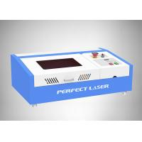 Working Area 300*200mm CO2 40W Small rubber stamp laser engraving machine Manufactures