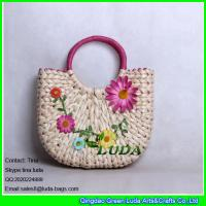 China LUDA flower straw handbag handmade cornhusk straw hobo handbag on sale