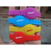 China 2014 world up silicone bracelet, custom silicone wristband with factory price on sale
