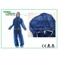 Disposable Non woven long sleeve coveralls With Elastic Wrists and Ankles , Size custom Manufactures