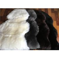 Long Wool Cream Fur Throw Blanket , Single Pelt Black And White Throw Blanket 60 X 90cm Manufactures