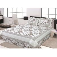 Floral Design Home Bed Quilts Soft Silky With 100 Percent Polyester Material Manufactures
