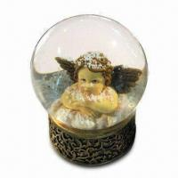 Angel Snow Globe, Made of Polyresin, with Vivid Design, AMS and EN71 Certified Manufactures