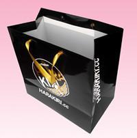 2017 custom elegant folded shopping paper bag with gold embossed logo