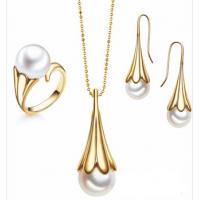 White Pearl Fashion Ladies Jewelry Sets Gold Plated Jewelry Sets Manufactures
