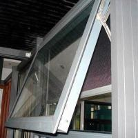 Aluminum Awning Window, Available with Anodized, Powder-coated Surface Treatment Manufactures
