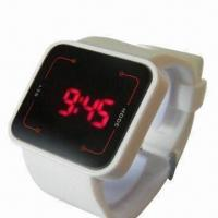 China Silicone Watch with PVC Case and Silicone Strap, LED Movement, Logo Print Ok, Christmas Order Soon on sale