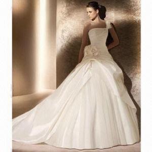 One-shoulder Satin A-line 2012 New Design Wedding Dress Manufactures