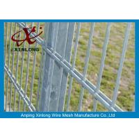 High Tensile Galvanized 868 Wire Mesh Fence For Garden Dark Green Color Manufactures