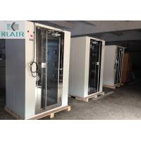 China Microprocessor Controller Cleanroom Air Shower With One Piece Glass Door on sale