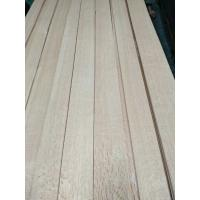 China Flake Red Oak Wood Veneer from Shunfang-veneer.com on sale
