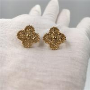 Van Cleef Vintage Alhambra Earrings , 18K Yellow Gold Van Cleef Mini Alhambra Earrings Manufactures