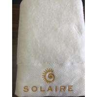 China Hotel luxury cotton bath towel 70x140cm for 5 star hotels on sale