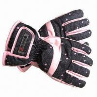 China Ladies' Ski Gloves with Polyester Padding and Surgrip Palm on sale