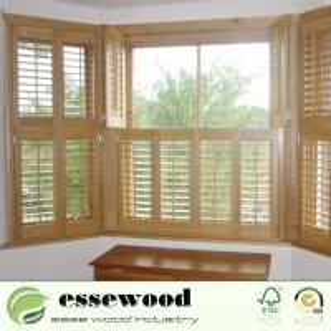 High Quality Adjustable Wooden Sliding Plantation Shutter Manufactures