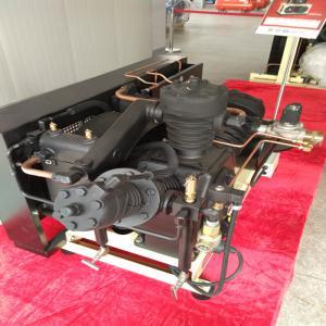40 Bar Pressure Piston Air Compressor , Low Noise Oil Free Air Compressor Manufactures