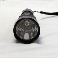 Military-Grade Aluminum Body, Rechargeable, 1200lm High Powered LED Flashlight Manufactures