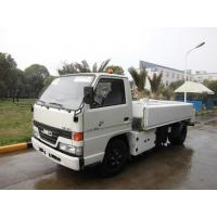 White Airport Ground Handling Equipment 2000 L Tank Sewage Collection Truck Manufactures