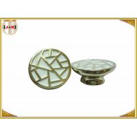 Various Color Metal Crown Caps For Perfume Bottle Deep Engraved Lines Manufactures