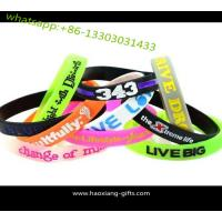 Wholesale Promotional customized glow in dark silicone wristband with your logo Manufactures