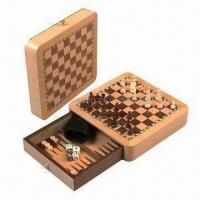 China 3-in-1 Chess Game, Includes Chessmen, 4 Dices, Checkers, 1 Number Dice and 1 Dice Cup on sale