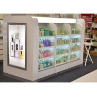 Wooden Glass Shelf Cosmetic Display Case Decorated With Gorgeous Light Box Manufactures