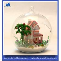 China Wooden miniature house children christmas gift handmade mini glass house MG006 on sale