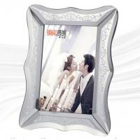China Stylish Glass Mirror Photo Frame With Environmental Protection Paper Back Board on sale