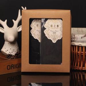 Qingdao Yilucai High Quality Custom Cotton Socks Packing Box Kraft Paper Box With Clear Window